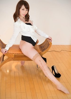 aya kisaki, footjobs, heels, office, posing, stockings,