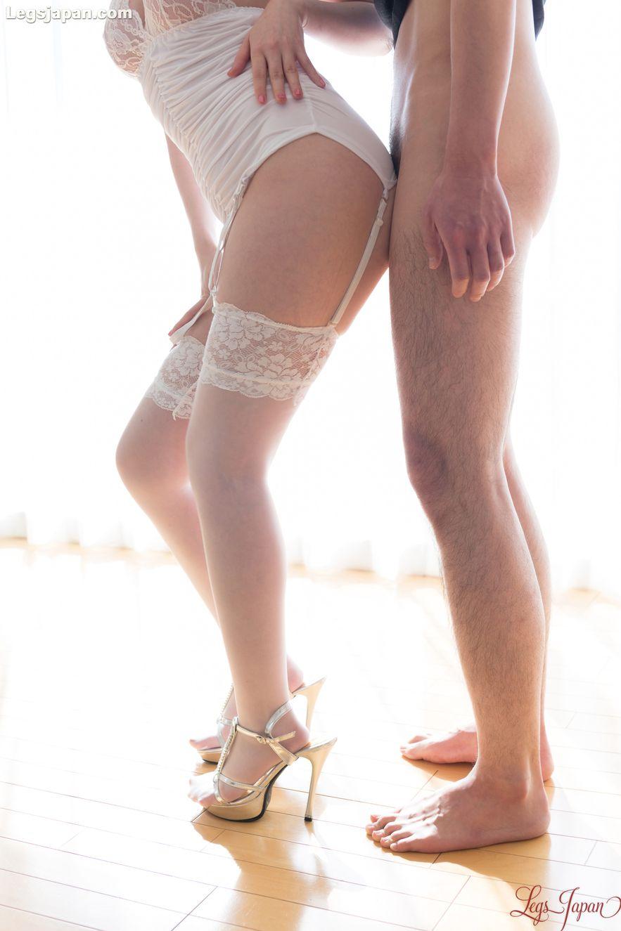 Stockings-Clad Cutie Aya Kisaki Gets Hot-Dogged Assjob -5973